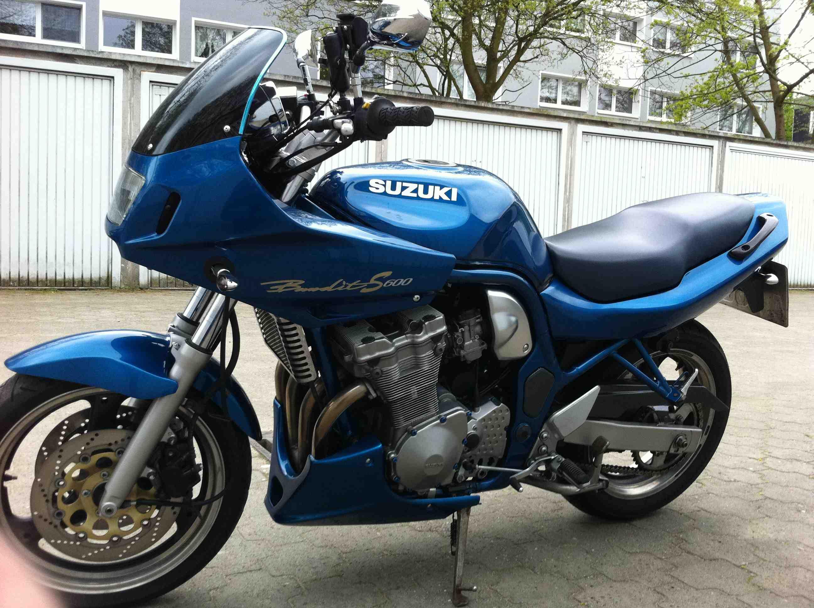 Suzuki GSF600 Motorcycle Workshop Service Repair Manual 1995-1999