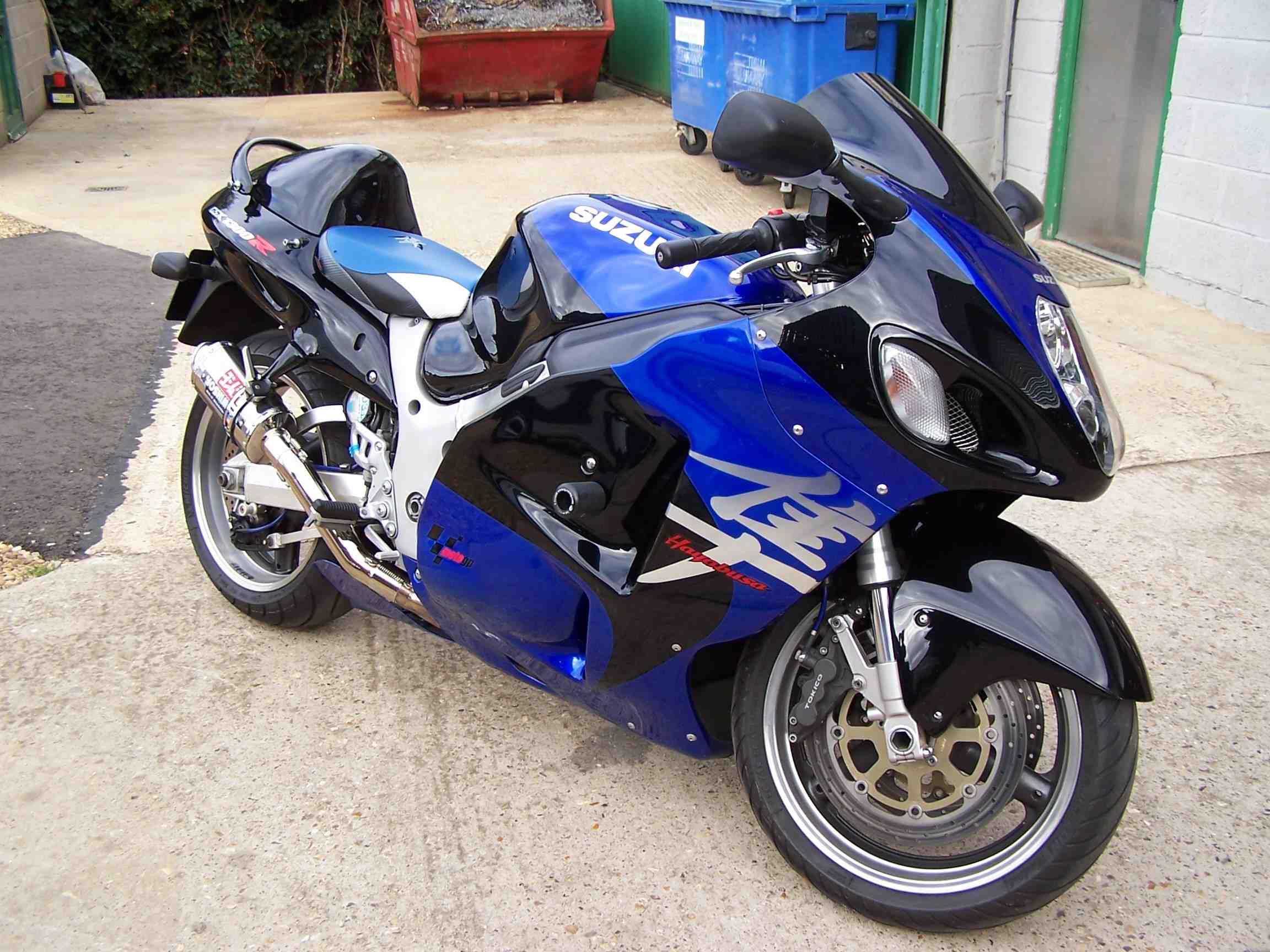Suzuki GSX1300R Hayabusa Motorcycle Workshop Service Repair Manual 1999-2000