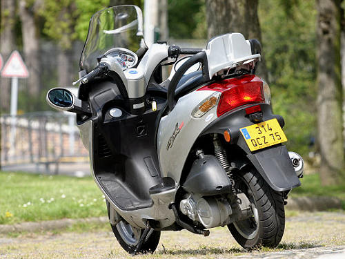 kymco grand dink 250 scooter workshop service repair manual 2001 2007 pagelarge pagelarge. Black Bedroom Furniture Sets. Home Design Ideas