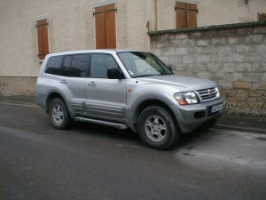 Mitsubishi Pajero (a.k.a. Montero) Workshop Service Repair Manual 2001 (En-Fr-De-Es)