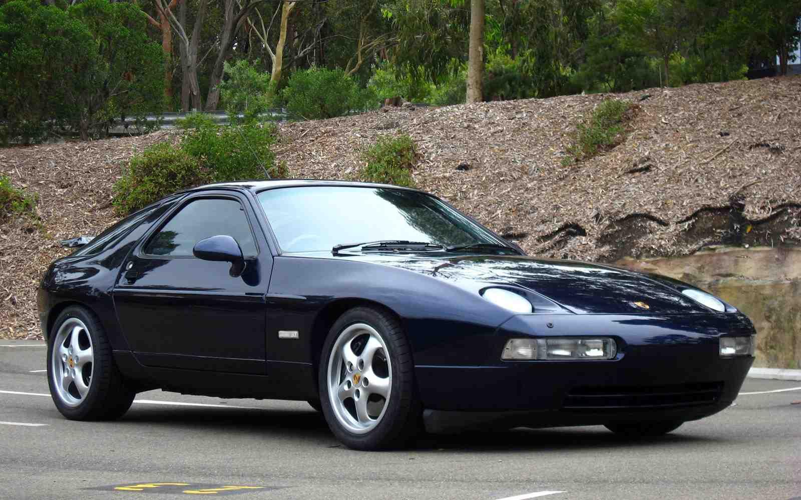 Porsche 928  928s  928s2  928s4  928gt  928gts  Workshop