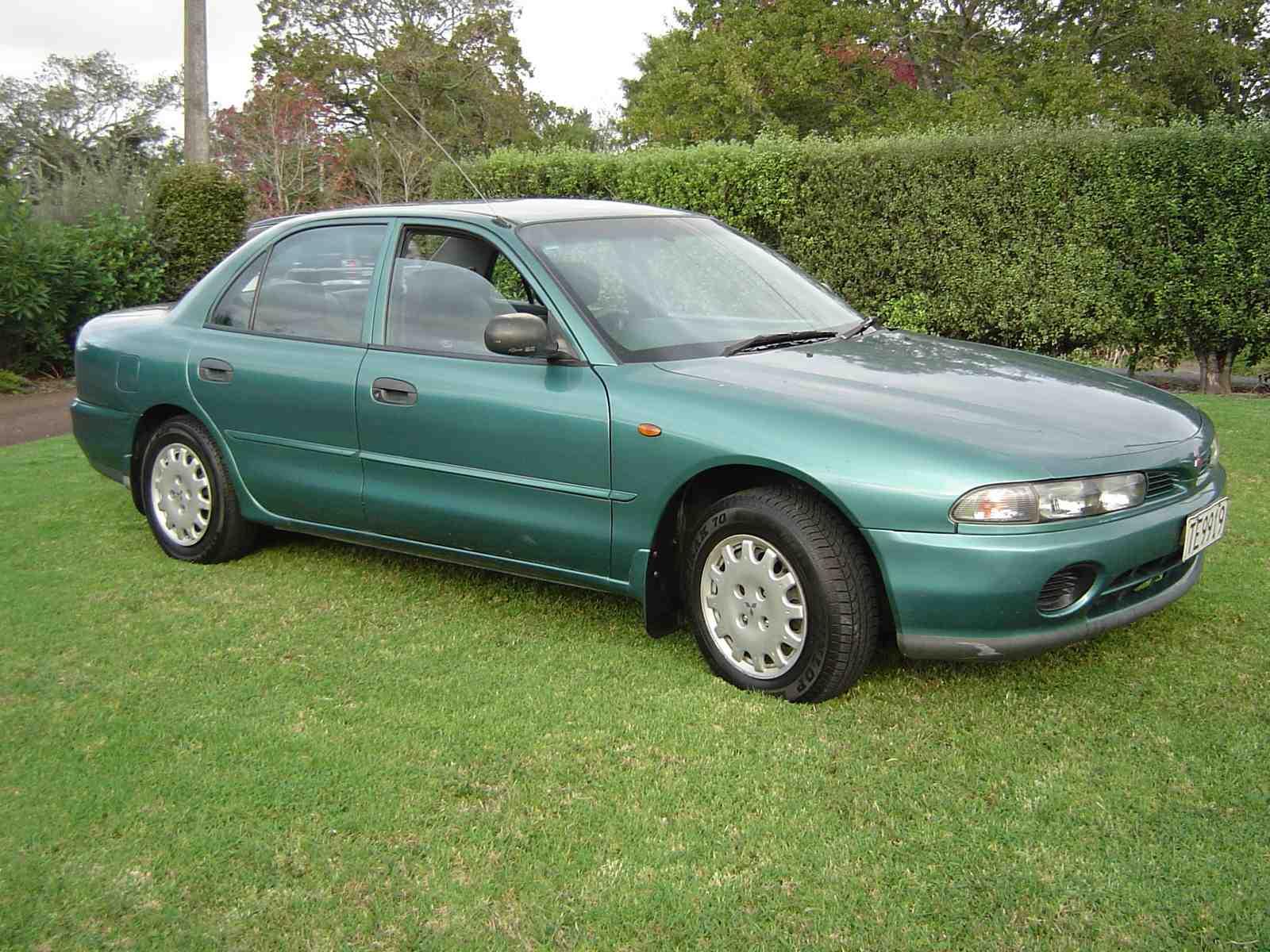 Mitsubishi Galant on 1996 Mitsubishi Galant